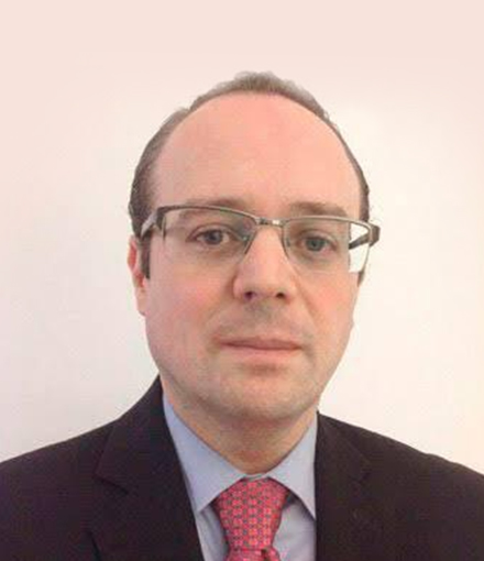 Dr. Tarso Adoni